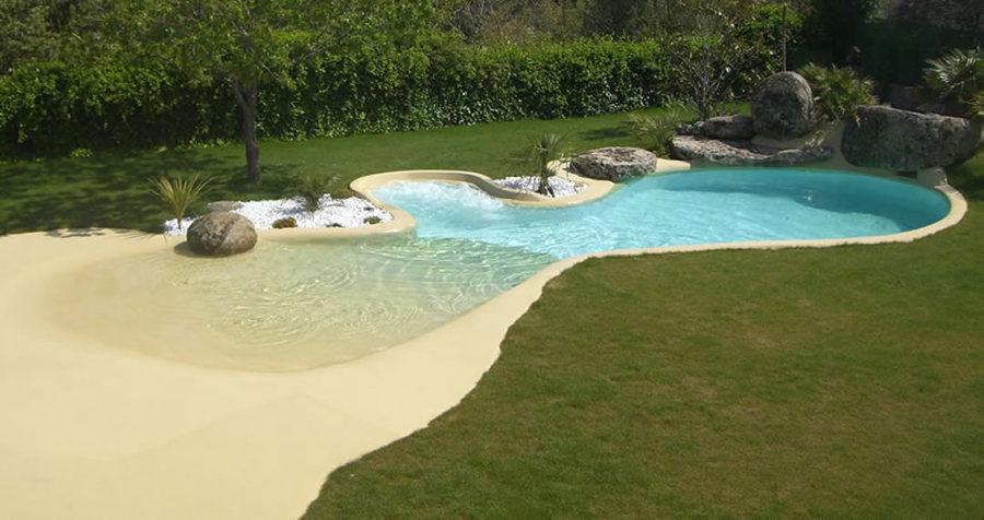 Un ambiente natural con piscinas de arena